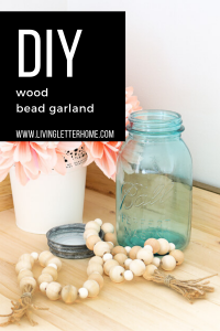 Easy to make wood bead garland DIY project #woodgarland #beadgarland #easyDIY