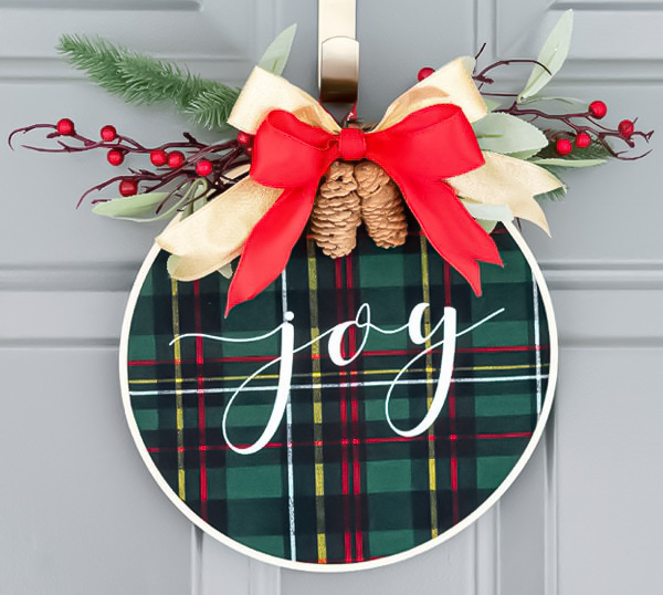 5 Simple and Minimal Christmas Wreaths