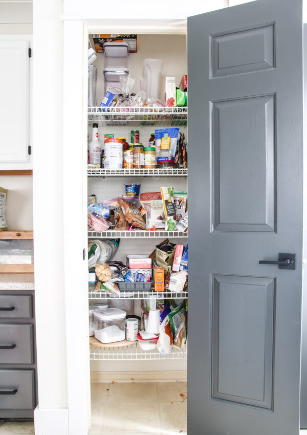 $100 Room Challenge – Pantry Update