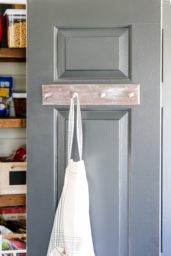 from ugly duckling to whitewashed wood pantry door organizer using only craft paint