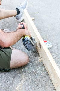 man using pocket hole screws