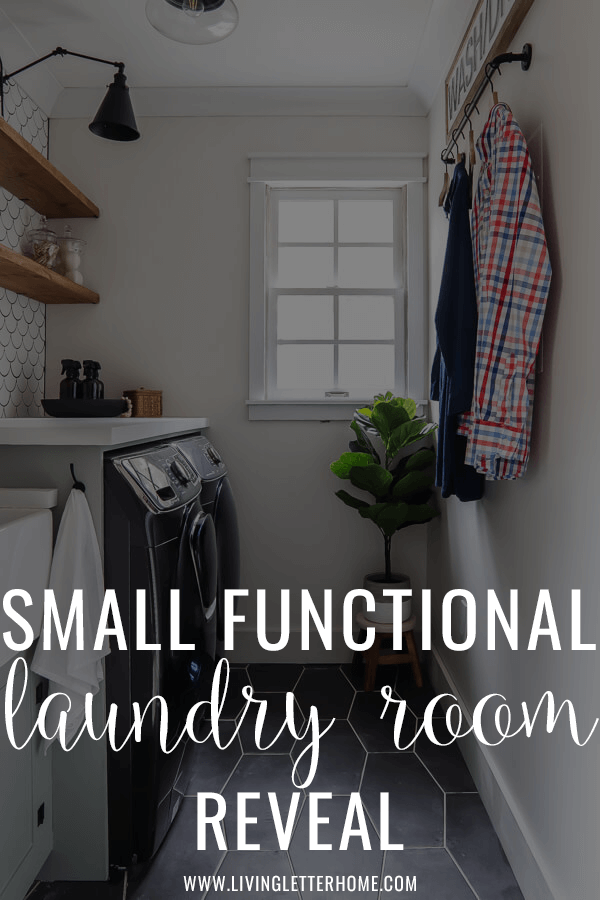 Small and functional gorgeous laundry room makeover. You have to see this before! #laundryroommakeover #Laundryroomdecor
