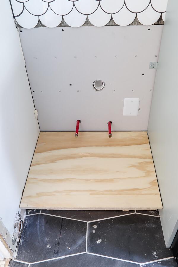 building farmhouse sink cabinet