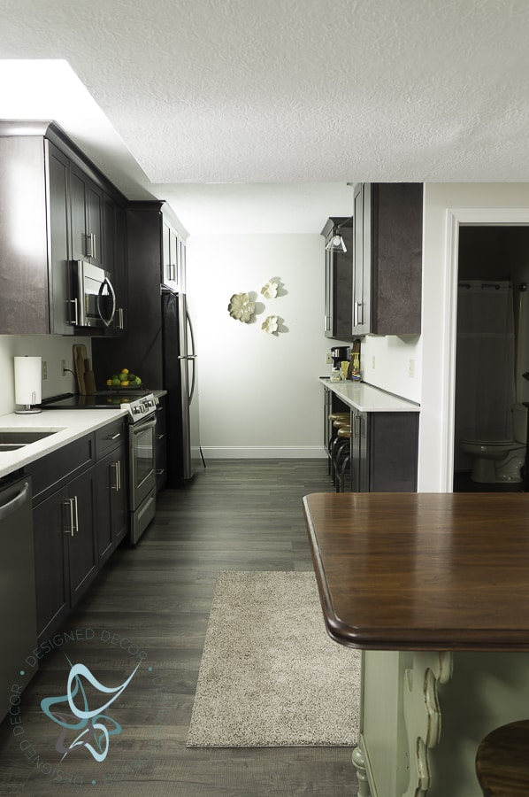 Modern Kitchen Makeover for the Guest Suite