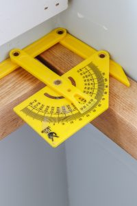 finding a perfect right angle for wood projects