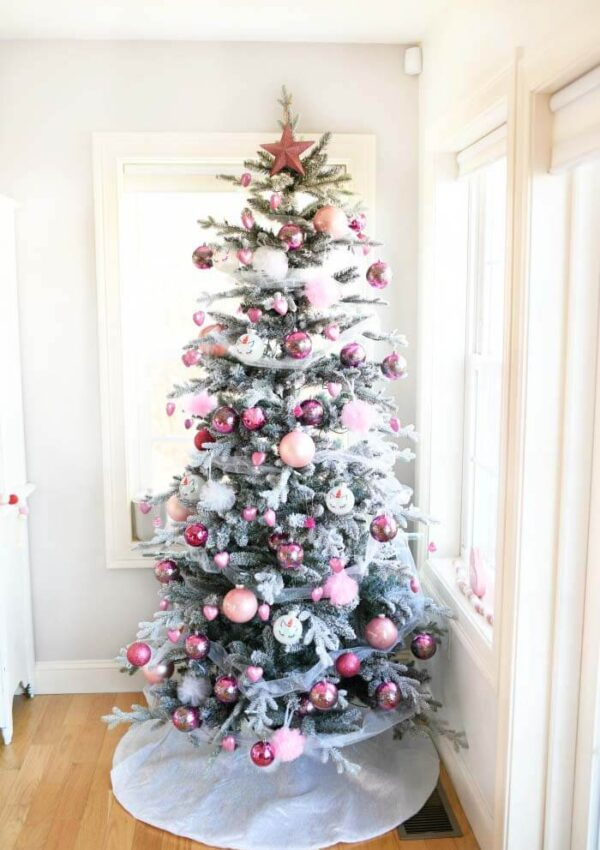 8 Super Cute Valentine's Day Tree Ideas