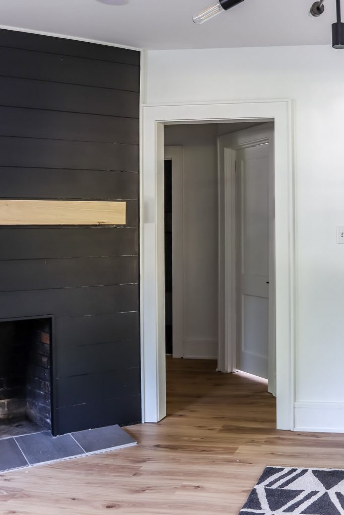 shiplap accent fireplace