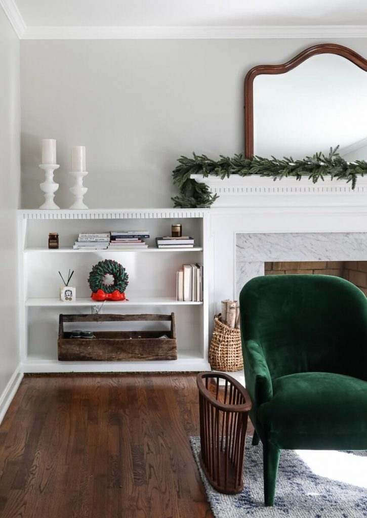 Sherwin WIlliams Agreeable Gray living room